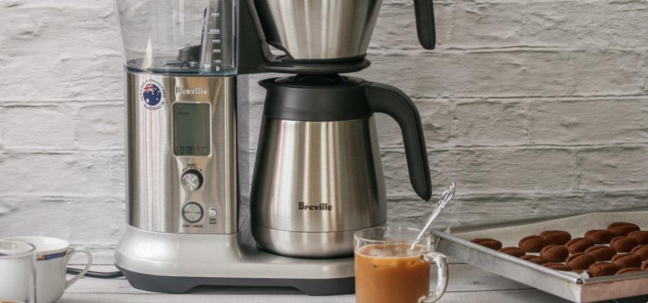 Кофемашина и печенье